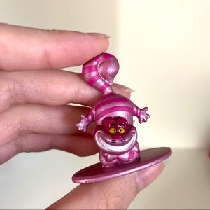 NWOT Solid metal Cheshire Cat glitter